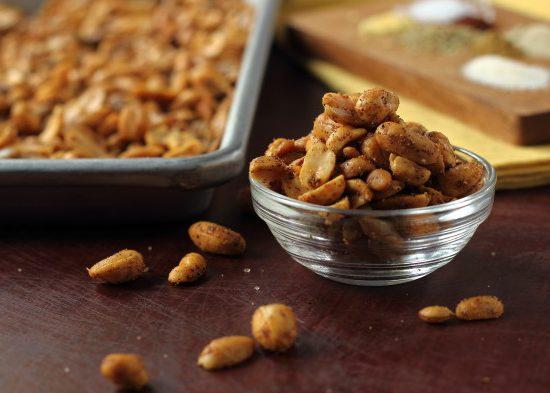 Spicy Nut Snack Mix