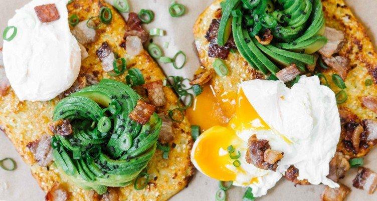 Cauliflower Toast with Bacon Egg Avocado header