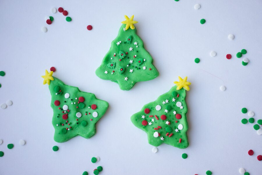 10 Simple Ideas to Celebrate Christmas in July With Kids That Anyone Can Do