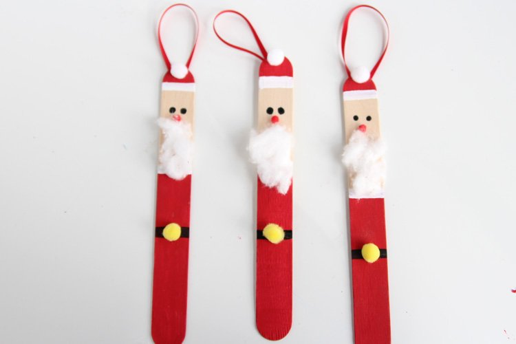 Santa Claus made from popsicle sticks