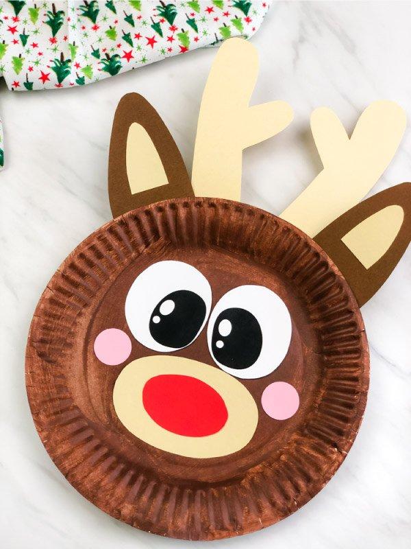 Artistic Reindeer Craft Idea