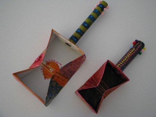 showbox guitar instrument