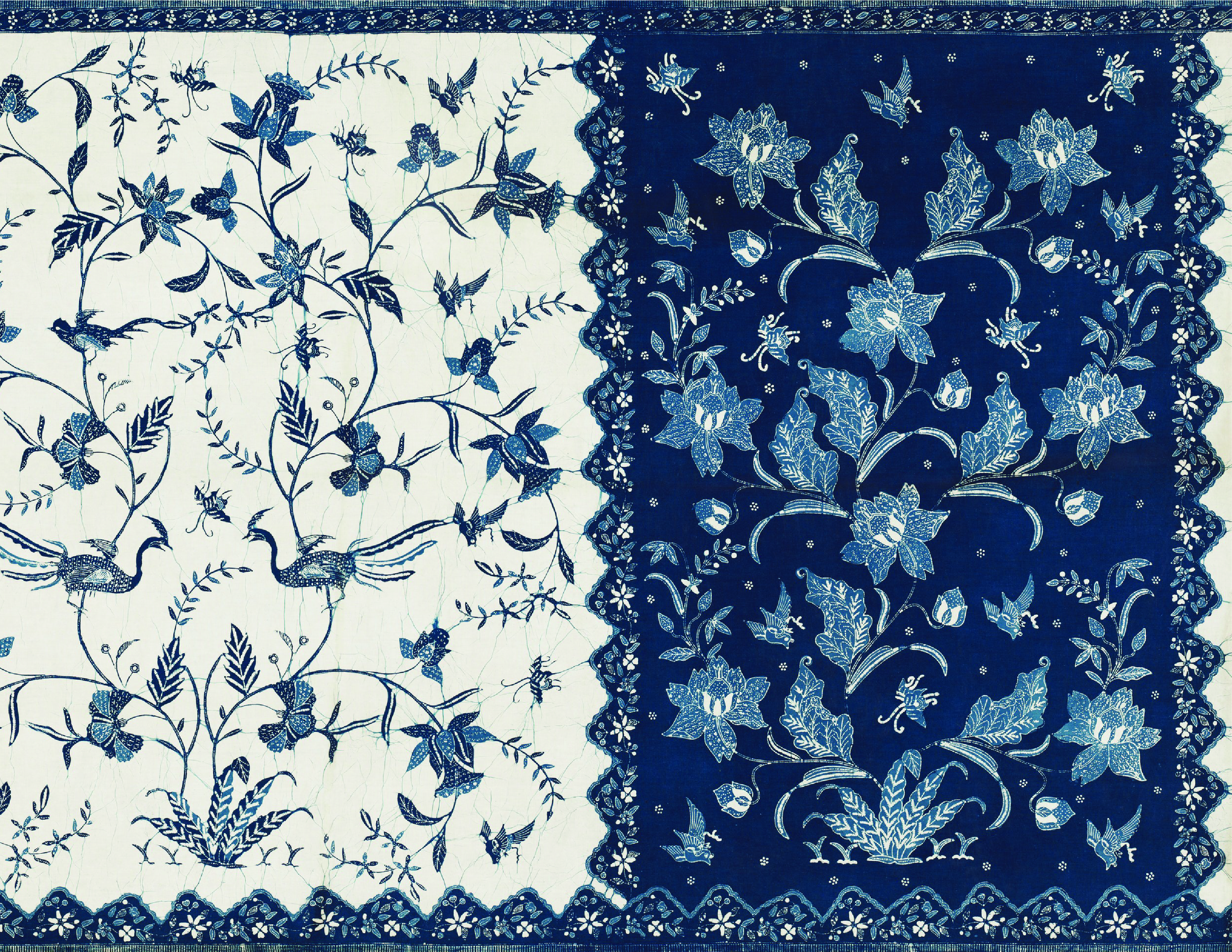 China Blue Asian Victorian Bird Flower Vintage Style Dollhouse Wallpaper Printable Cracked Old Floral